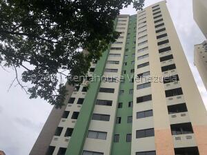 Apartamento En Ventaen Valencia, Valles De Camoruco, Venezuela, VE RAH: 22-3399