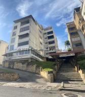 Apartamento En Ventaen Caracas, Cumbres De Curumo, Venezuela, VE RAH: 22-3407