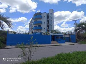 Apartamento En Ventaen Higuerote, Ciudad Balneario Higuerote, Venezuela, VE RAH: 22-3422