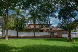 Casa En Ventaen Caracas, Lomas De La Lagunita, Venezuela, VE RAH: 22-3373
