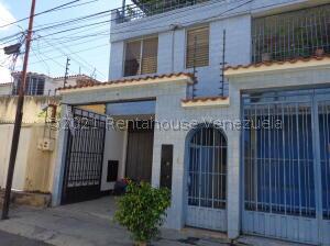 Apartamento En Alquileren Barquisimeto, Centro, Venezuela, VE RAH: 22-3442