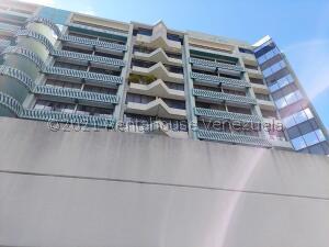 Apartamento En Ventaen Caracas, Las Esmeraldas, Venezuela, VE RAH: 22-3512