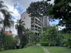 Apartamento En Ventaen Caracas, Las Esmeraldas, Venezuela, VE RAH: 22-3451