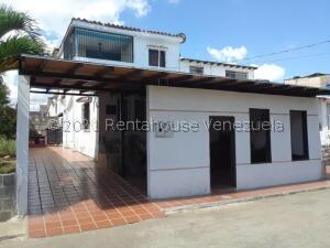 Casa En Ventaen Cabudare, La Puerta, Venezuela, VE RAH: 22-3455