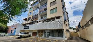 Apartamento En Ventaen Puerto Ordaz, Puerto Ordaz Centro, Venezuela, VE RAH: 22-3457