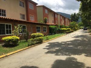 Apartamento En Ventaen Guatire, Valle Grande, Venezuela, VE RAH: 22-3686