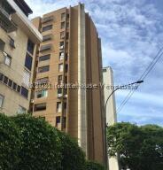 Apartamento En Alquileren Caracas, Los Palos Grandes, Venezuela, VE RAH: 22-3474