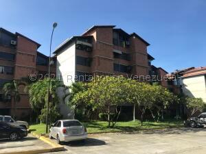 Apartamento En Ventaen Guarenas, Nueva Casarapa, Venezuela, VE RAH: 22-3478
