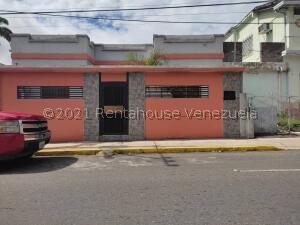 Casa En Ventaen Barquisimeto, Centro, Venezuela, VE RAH: 22-3488