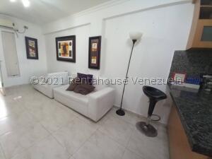 Apartamento En Ventaen Maracaibo, Avenida Delicias Norte, Venezuela, VE RAH: 22-3490