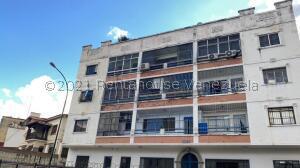 Apartamento En Ventaen Caracas, Los Chaguaramos, Venezuela, VE RAH: 22-3494