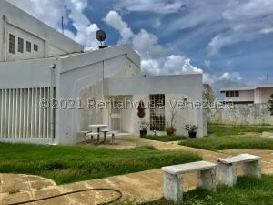 Casa En Ventaen Punto Fijo, Judibana, Venezuela, VE RAH: 22-3524
