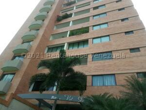 Apartamento En Alquileren Valencia, Valle Blanco, Venezuela, VE RAH: 22-3536