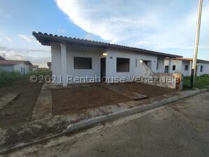 Casa En Ventaen Cabudare, Parroquia José Gregorio, Venezuela, VE RAH: 22-3582