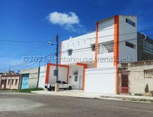 Galpon - Deposito En Alquileren Punto Fijo, Santa Irene, Venezuela, VE RAH: 22-3586