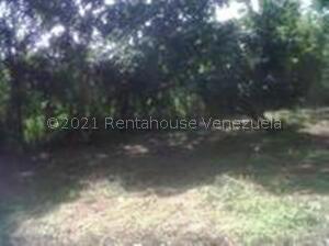 Terreno En Ventaen Barlovento, Municipio Capaya, Venezuela, VE RAH: 22-3643