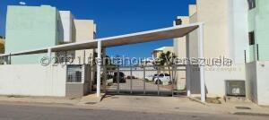 Apartamento En Alquileren Maracaibo, Avenida Goajira, Venezuela, VE RAH: 22-3594
