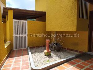 Casa En Ventaen San Antonio De Los Altos, Club De Campo, Venezuela, VE RAH: 22-3605
