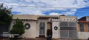 Casa En Ventaen Puerto Ordaz, Lomas Del Caroni, Venezuela, VE RAH: 22-3611