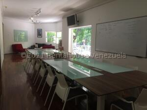 Oficina En Ventaen Caracas, Las Mercedes, Venezuela, VE RAH: 22-3623