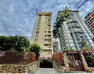 Apartamento En Ventaen Caracas, Los Palos Grandes, Venezuela, VE RAH: 22-3631
