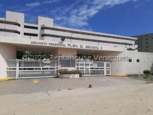 Apartamento En Ventaen Higuerote, Agua Sal, Venezuela, VE RAH: 22-3672