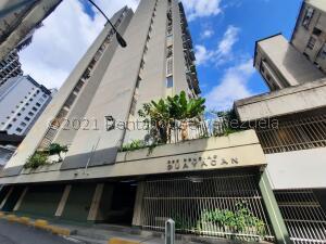 Apartamento En Ventaen Caracas, Parroquia La Candelaria, Venezuela, VE RAH: 22-3701