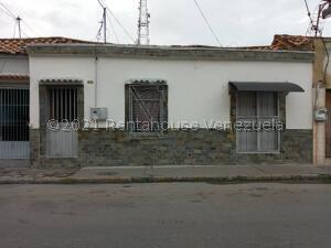 Casa En Ventaen Barquisimeto, Centro, Venezuela, VE RAH: 22-3710