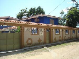 Casa En Ventaen Higuerote, Higuerote, Venezuela, VE RAH: 22-3709