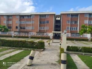 Apartamento En Ventaen Higuerote, La Costanera, Venezuela, VE RAH: 22-4072
