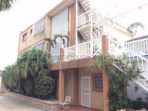 Edificio En Ventaen Maracaibo, El Milagro Norte, Venezuela, VE RAH: 22-3570