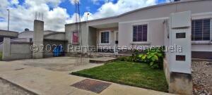 Casa En Ventaen Barquisimeto, Roca Del Norte, Venezuela, VE RAH: 22-3753