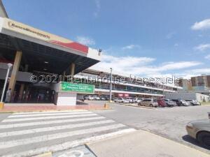 Local Comercial En Ventaen Maracay, Parque Aragua, Venezuela, VE RAH: 22-3775