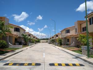 Casa En Ventaen Cabudare, Villa Paris, Venezuela, VE RAH: 22-3814