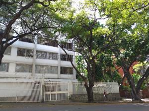 Apartamento En Ventaen Caracas, La Florida, Venezuela, VE RAH: 22-4007