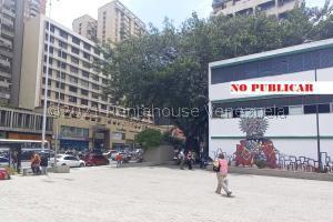 Local Comercial En Ventaen Caracas, La Candelaria, Venezuela, VE RAH: 22-3858