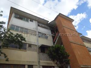 Apartamento En Ventaen Caracas, Catia, Venezuela, VE RAH: 22-3874