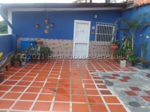 Casa En Ventaen Carrizal, Municipio Carrizal, Venezuela, VE RAH: 22-3901