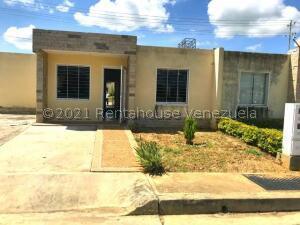 Casa En Ventaen Cabudare, La Piedad Norte, Venezuela, VE RAH: 22-3922