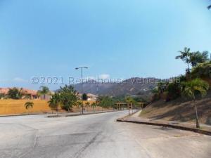 Terreno En Ventaen Valencia, Lomas Del Country, Venezuela, VE RAH: 22-3985