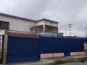 Casa En Ventaen Barquisimeto, Parroquia Catedral, Venezuela, VE RAH: 22-3962