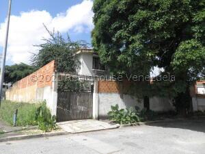 Casa En Ventaen Valencia, Trigal Centro, Venezuela, VE RAH: 22-3965