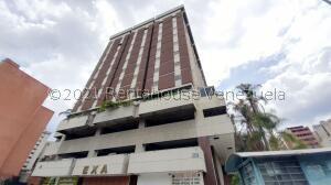 Oficina En Alquileren Caracas, El Rosal, Venezuela, VE RAH: 22-4087