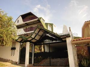 Casa En Ventaen Valencia, Trigal Norte, Venezuela, VE RAH: 22-4725