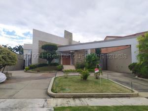 Casa En Ventaen Valencia, Guataparo, Venezuela, VE RAH: 22-3988