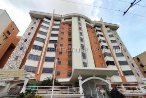 Apartamento En Ventaen Maracay, Los Chaguaramos, Venezuela, VE RAH: 22-4023