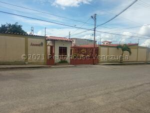 Casa En Ventaen Cabudare, La Piedad Norte, Venezuela, VE RAH: 21-25917