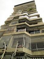 Apartamento En Ventaen Caracas, Colinas De Bello Monte, Venezuela, VE RAH: 22-4033