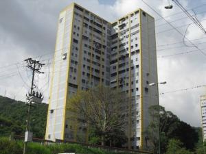 Apartamento En Ventaen Caracas, Caricuao, Venezuela, VE RAH: 22-4089