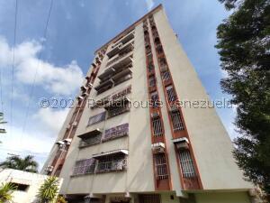 Apartamento En Ventaen Maracay, La Maracaya, Venezuela, VE RAH: 22-4118